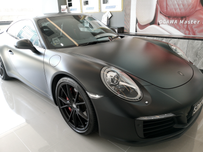 Porsche 911 Transforms into a Matte Beauty
